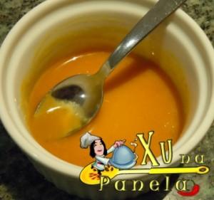 mel e mostarda misturados