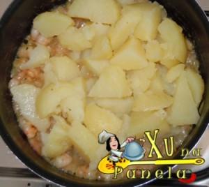 batatas e camarão
