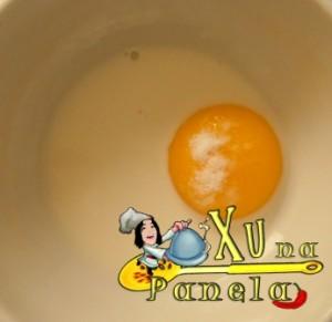gema de ovo e leite para pincelar