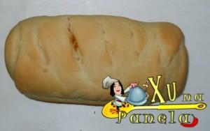 pão recheado de frango e catupiry
