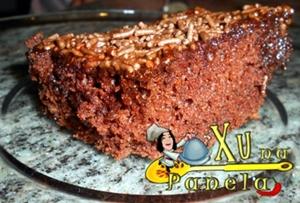 pedaço de bolo de chocolate fácil gostoso
