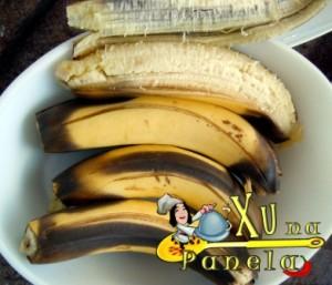 bananas cozidas na casca