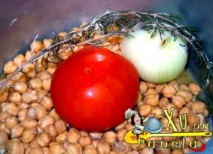 grao de bico tomate e cebola