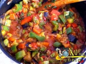 legumes com molho de tomate