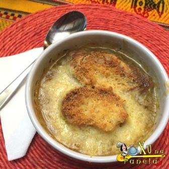 Sopa gratinada de cebola 08